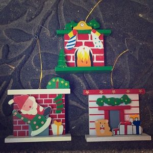 Vintage Wooden Fireplace Christmas 🎄 Ornaments